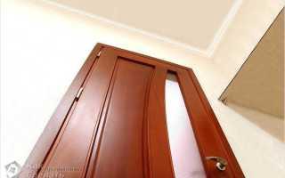 Как исправить перекосившуюся металлическую дверь?