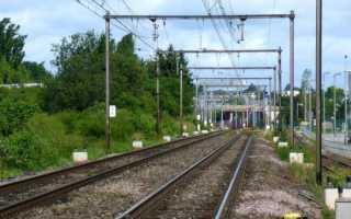 Сколько вольт в трамвайных проводах